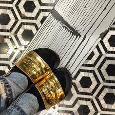 #tile #tileaddiction #marble #hexagon #hexalove #metallic #ihavethisthingwithfloors #design #designer #interiors #interiordesign #decor #homestyling #instastyle #trend #gold #black #blackandgold #blackandwhite #pattern  #cookmanave #asburypark #glam #glamorous #stunner #friyay #style #modernistatile #love #xoxo by modernistatile