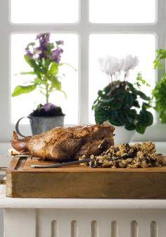 Λαμπριάτικο κατσίκι γεμιστό Orthodox Easter, Greek, Snacks, Meat, Breakfast, Recipes, Food, Spring, Summer
