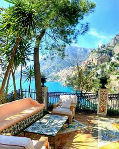 Amalfi Coast Tours in south of Italy by locals. Discover the Amalfi Coast with us by visiting places like Amalfi, Ravello, Capri, Positano. Oh The Places You'll Go, Places To Travel, Travel Destinations, Holiday Destinations, Travel Tips, Budget Travel, Travel Deals, Cheap Travel, Travel Packing