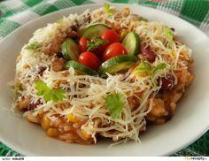 Na oleji zpěníme na drobno nakrájenou cibuli. Přidáme rýži, podlijeme, osolíme a opepříme. Dusíme skoro do měkka. Po té přidáme nakrájený celer... Risotto Recipes, Bon Appetit, Tofu, Spicy, Cabbage, Vegan Recipes, Food And Drink, Yummy Food, Vegetables