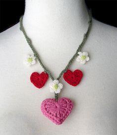 Crochet Valentine's necklace by meekssandygirl.deviantart.com