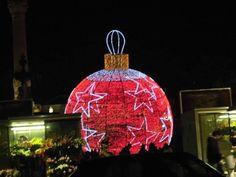 João Cruz    Fotografia 10-O Natal caiu à Terra ;  Data: 20/12/2012 ;  original ;  Tamanho: 640x480 pixéis ;  Câmara: Casio Exilim,  Tirada por João Cruz