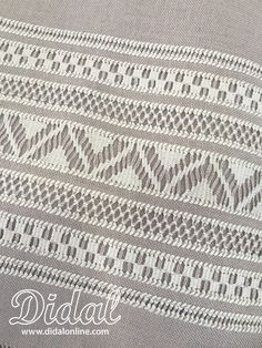 LV 7 Hardanger Embroidery, Hand Embroidery Stitches, Lace Embroidery, Hand Embroidery Designs, Embroidery Patterns, Stitch Drawing, Swedish Weaving, Drawn Thread, Crochet Christmas Ornaments