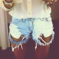 #ripped #destroyed #denim #shorts #outfit #fashion #style