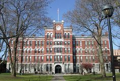 25 Signs You Go To Clark University