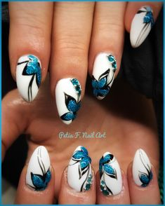 3D blue flowers Nails #bluenails #3Dnails #beautifulnails #petiafilevanailart #manicure #ногти #маникюр