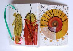 Libreta pintada a mano, acuarela, tinta y acrílico, de la serie ¨del jardín¨.   Ana Milena Gómez