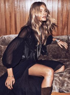 fashion editorials, shows, campaigns & more!: night moves: edita vilkeviciute by lachlan bailey for wsj december 2014 Looks Hippie, Style Hippie Chic, Ethno Style, Bohemian Mode, Boho Hippie, Boho Gypsy, Bohemian Style, Boho Chic, Bohemian Fashion