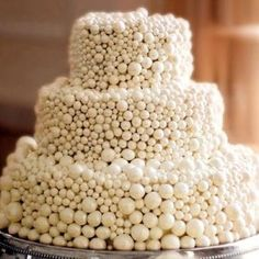 Beautiful Cake Pictures: Hand Rolled White Chocolate Pearls Cake - Cakes with Pearls, Elegant Cakes, White Cakes - Pretty Cakes, Beautiful Cakes, Amazing Cakes, Cupcakes, Cupcake Cakes, Cake Truffles, Cake Pops, Chocolate Pearls, White Chocolate