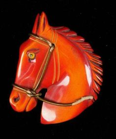 and Prices for Bakelite Jewelry Bakelite Horse Head Pin or Brooch Horse Jewelry, Old Jewelry, Antique Jewelry, Vintage Jewelry, Equestrian Jewelry, Animal Jewelry, Vintage Costume Jewelry, Vintage Costumes, Art Deco