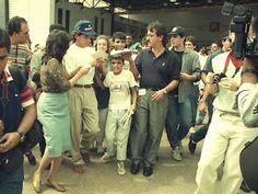 Ayrton Senna: Após Caminhar Quilômetros, Menino de 12 Anos Conhece e Visita Quarto de Ayrton Senna, Com a Ajuda da Mãe de Ayrton