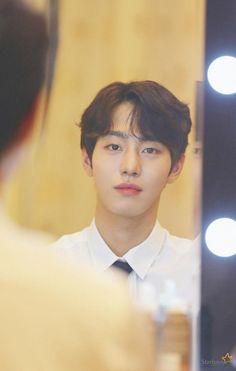 Ahn Jae Hyun, Joo Hyuk, Korean Boys Hot, Korean Men, Romantic Doctor, Ahn Hyo Seop, Korean Drama Romance, Drama School, Bok Joo
