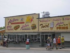 The Arbor Restaurant at Port Dover, Ontario. 85 years and still serving the best hot dogs, burgers and their famous Glow beverage. Lighthouse Festival, Places Ive Been, Places To Go, Norfolk County, Canada Eh, Road Trip Adventure, I Remember When, Girls Weekend, Small Towns