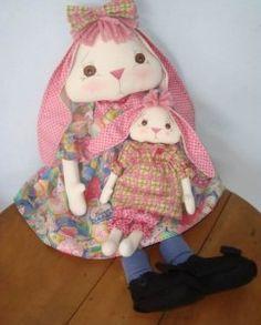 Linda y dulce conejita con su bebé. Patrón de la mamá y el bebé. PATRÓNDE CONEJITA YPATRÓNDEL BEBÉ CONEJO: