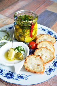 ハーブ&スパイス漬け チーズ&オリーブ 作り置き常備おつまみ|レシピブログ