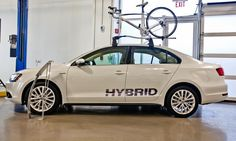 he 2013 Jetta Hybrid offers an alternative to diesel for economy-minded VW enthusiasts