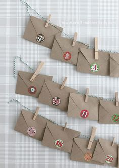 35 DIY Advent Calendar Ideas To Countdown The Days 'Til Christmas Glitter and Caffeine - Diy Gifts Tea Advent Calendar, Advent Calenders, Christmas Calendar, Diy Calendar, Printable Calendar Template, Christmas Countdown, Mini Christmas Tree, Homemade Christmas, Christmas Glitter