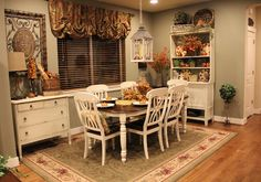 Savvy Seasons by Liz: Foyer, Dining Room, and Family Room Photos