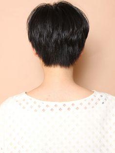Beauty Box, Hair Beauty, Pixie, Very Short Hair, Bowl Cut, Hair Goals, Health And Beauty, Short Hair Styles, Color