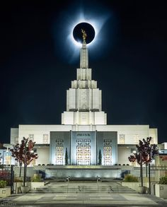 Idaho Falls Idaho Church of Jesus Christ of Latter Day Saints Temple Lds Temple Pictures, Church Pictures, Cool Pictures, Lds Pictures, Beautiful Pictures, Lds Memes, Lds Quotes, Christ Quotes, Quotes Inspirational