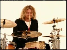 """DEF LEPPARD - """"When Love & Hate Collide"""" (Official Music Video)"""