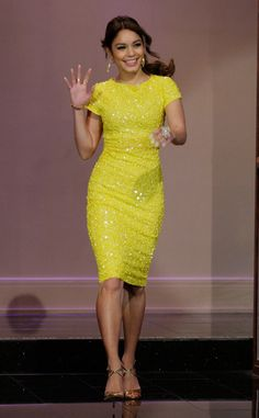 Dresses I am back with yet another cool assemblage of vanessa hudgens yellow dress jay leno! Rich, trendy, stylish and stunning ankle vanessa hudgens yellow dress jay Vanessa Hudgens, Casual Styles, Costume, Mode Style, Yellow Dress, Yellow Lace, Dress Me Up, Pretty Dresses, Beautiful Outfits
