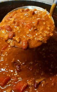 "We are pretty passionate about our Chili around here, this my friends is my contribution to the Chili world; enter my ""Chili Lovers Chili""! It's rich, meaty, a little bit spicy, and oh so delicious! Best Chili Recipe, Chilli Recipes, Bean Recipes, Gourmet Recipes, Mexican Food Recipes, Crockpot Recipes, Soup Recipes, Cooking Recipes, Recipes"