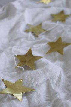 Stjärngirlang gold TINE K