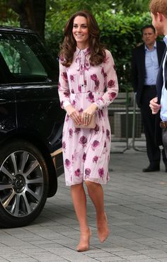 The Print on Kate Middleton's Dress Isn't Just a Bunch of Pretty Pink Flowers
