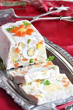Rulada aperitiv cu legume Vanilla Cake, Camembert Cheese, Lose Weight, Food And Drink, Appetizers, Cooking Recipes, Drinks, Desserts, Drop