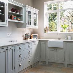 Shaker Kitchens, The Shaker Kitchen Company, Shaker Style Kitchens Shaker Kitchen Company, Grey Shaker Kitchen, Shaker Style Kitchen Cabinets, Shaker Style Kitchens, New Kitchen, Kitchen Ideas, Kitchen Inspiration, Kitchen Planning, Kitchen Colors