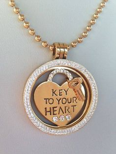 We can't get enough of this gorgeous pic of our Key To Your Heart coin! Who has the key to yours? -xx-
