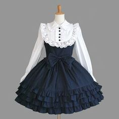 The Library for Lolita Fashion Style Lolita, Mode Lolita, Gothic Lolita, Old Fashion Dresses, Fashion Outfits, Cosplay Outfits, Dress Outfits, Skater Outfits, Emo Outfits