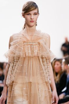 Chloé Spring 2013 RTW - Details - Collections - Vogue