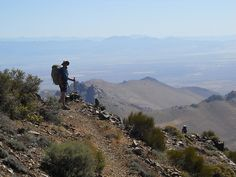 north of Walker Pass high above the Mojave Desert #PCT #hiking