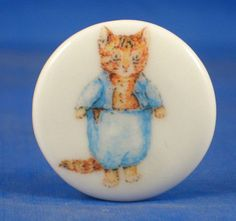 "1"" PORCELAIN CHINA BUTTON -- BEATRIX POTTER TOM KITTEN"