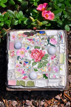 Mosaic Small Stepping Stone with Vintage China and Glass Gems