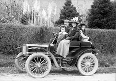 early cars of the 1900's - Yahoo Search Results