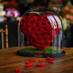 Find images and videos about flowers, heart and rose on We Heart It - the app to get lost in what you love. Flower Box Gift, Flower Boxes, Rose Crafts, Flower Crafts, Red Flowers, Pink Roses, Forever Rose, Love You Images, Rose Arrangements