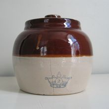 Vintage Rustic Brown n Tan Ransbottom Stoneware Ceramic Bean Pot Mccoy Pottery Vases, Hull Pottery, Antique Crocks, Old Crocks, Junk Chic Cottage, Bean Pot, Stoneware Crocks, Ginger Jars, Beans