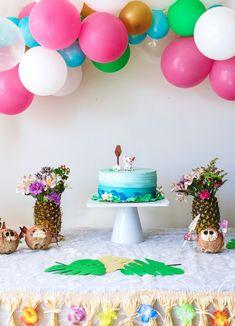 MOANA THEMED BIRTHDAY PARTY Moana Birthday Decorations, Moana Birthday Party Theme, 2nd Birthday Party For Girl, Moana Themed Party, Luau Birthday, Birthday Ideas, Geek Birthday, Third Birthday, Moana Theme Cake