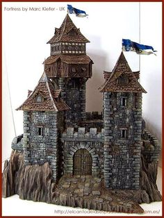 icu ~ Tabletop-World-Concurso-Ganadores-Winners-warhammer-Scenery- Fortress-guard-tower-fortaleza-torre-guardia Medieval Houses, Medieval Town, Medieval Castle, Model Castle, Toy Castle, Fantasy Castle, Fantasy House, Chateau Fort Jouet, Castle Project