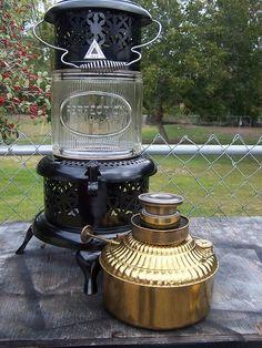 Propane Heating Stove, Stove Heater, Kerosene Heater, Kerosene Lamp, Foyers, Mens Body Tattoos, Oil Stove, Oil Heater, Antique Stove