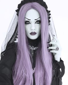 Pale is the new tan! #Goth beauty Victoria Lovelace