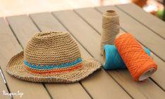 Aquí te dejo un patrón muy sencillo para tejer un gorro a dos agujas. Crochet Home, Crochet Baby, Knit Crochet, Bonnet Crochet, Crochet Gloves, My Summer Of Love, Sombrero A Crochet, Crochet Summer Hats, Raffia Hat