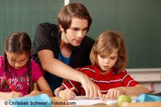 Erster Schultag, eine Klasse höher beginnen oder eine Klasse wiederholen: wir haben viel Lesenswertes gesammelt und zusätzlich Adressen für Hilfe. Richtiges Lernen  fördern, ohne dabei zu überfordern!