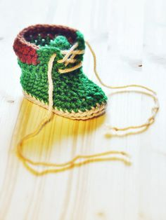 Baby booties 1 by piccolaelle on Pinterest Baby Booties ...