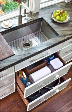 Rustic Kitchen Sinks, Kitchen Sink Decor, Kitchen Sink Design, Farmhouse Style Kitchen, Modern Farmhouse Kitchens, Kitchen Redo, Kitchen Styling, New Kitchen, Kitchen Storage