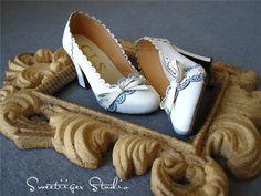 Sweetiiger handmade 1/3 BJD high heels carved pu by DollWigDIY