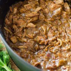 Recipe: Chicken Ragù with Bacon (Braised Chicken Stew) Chicken Ragu, Oven Chicken, Braised Chicken, Braised Pork, Chicken Bacon, Recipe Chicken, Chicken Recipes, Shredded Chicken, Boneless Chicken